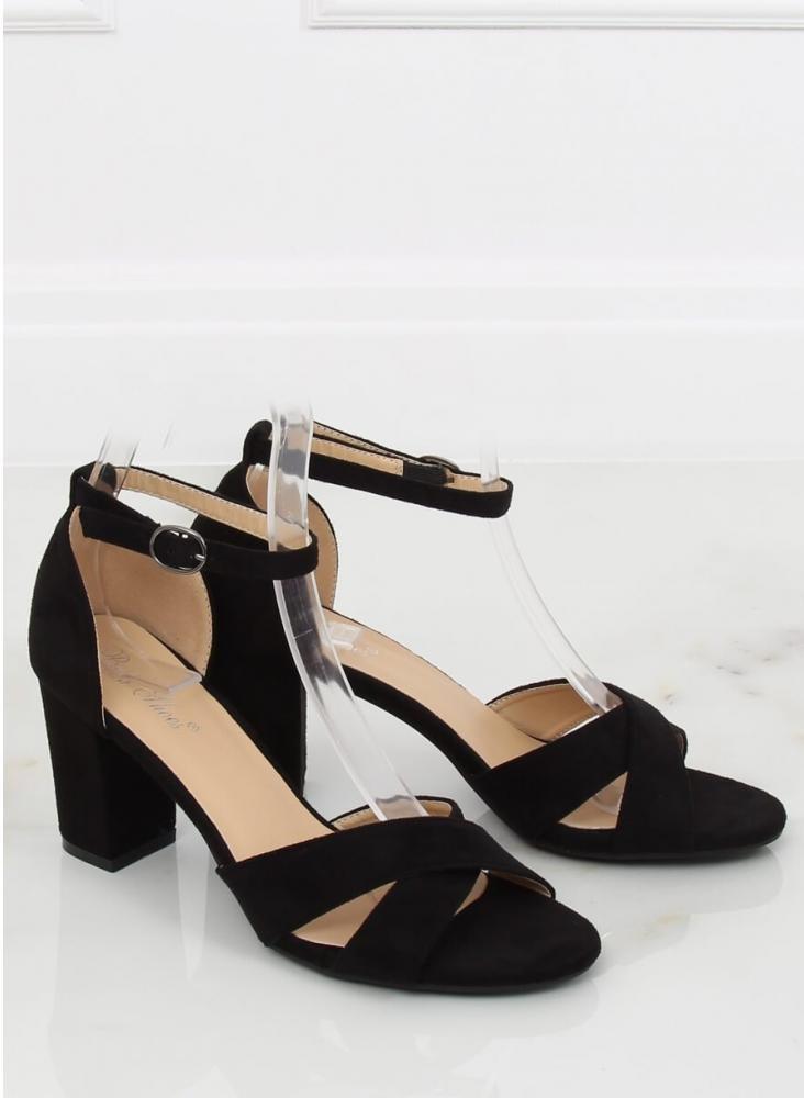 d24f287c88c50 Dámske čierne sandále na nižšom opätku - Na objednávku (do 7 dní ...